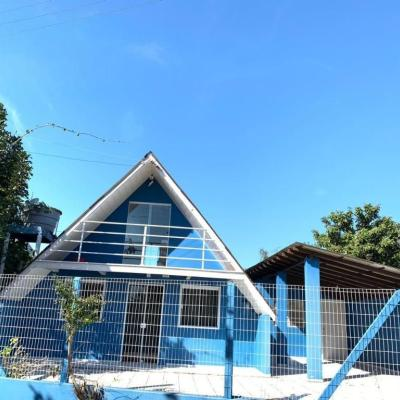 Casa Para Locação Em Bombinhas/praia da Tainha Vista Mar 03 Dormitórios 180 M²