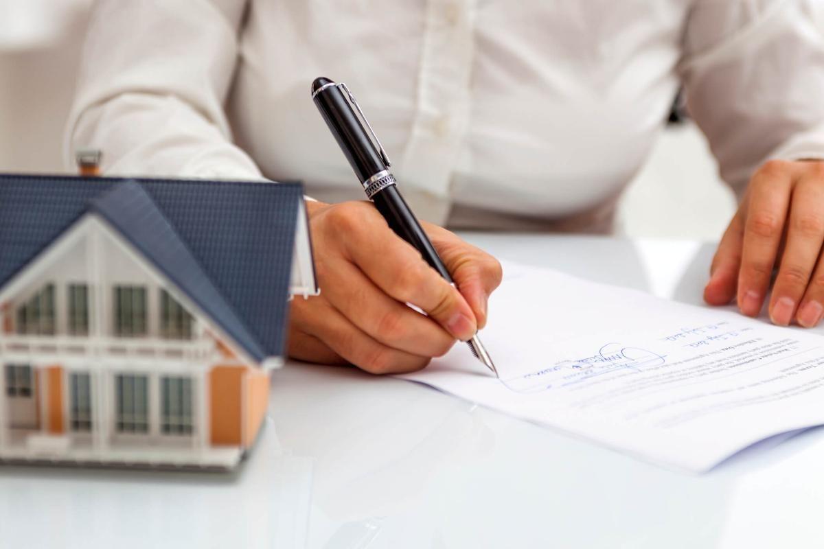 Importância da verificação da documentação em uma negociação imobiliária