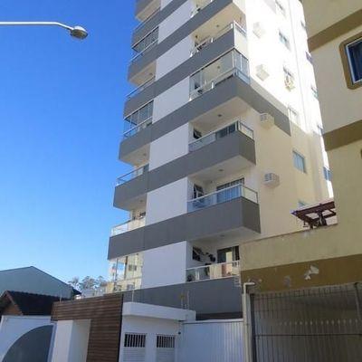 Edífício Safira Apartamento de 01 Dormitório 01 Vaga ótimo Localização. Itajaí/sc