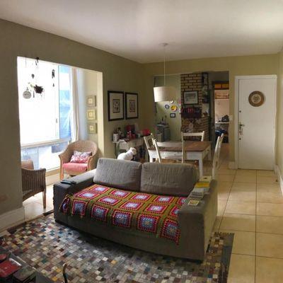 Apartamento de 02 dormitórios e 02 vagas de garagem privativas