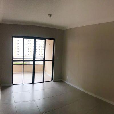 Apartamento de 03 dormitórios sendo 01 suíte e 01 vaga de garage