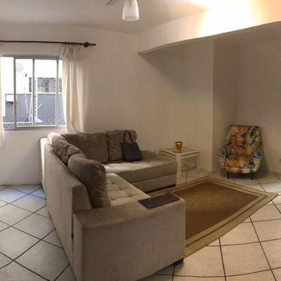Apartamento de 04 dormitórios sendo 02 suítes e 01 vaga de garagem privativa.