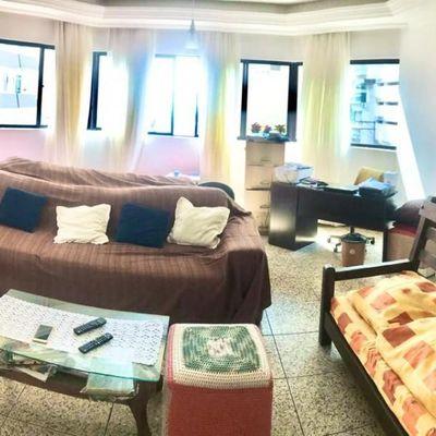 Apartamento de 04 dormitórios sendo 02 suítes e 02 vagas de garagem