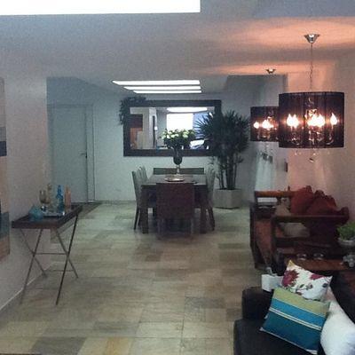 Apartamento de 04 suítes e 01 vaga de garagem privativa