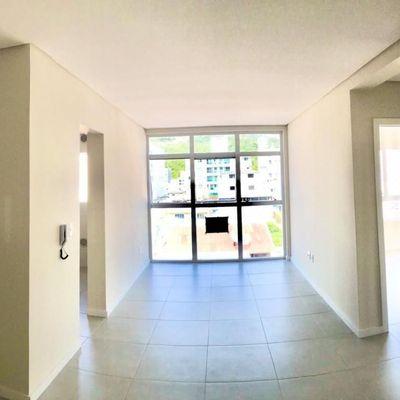 Apartamento de 02 suítes e 02 vagas de garagem privativa