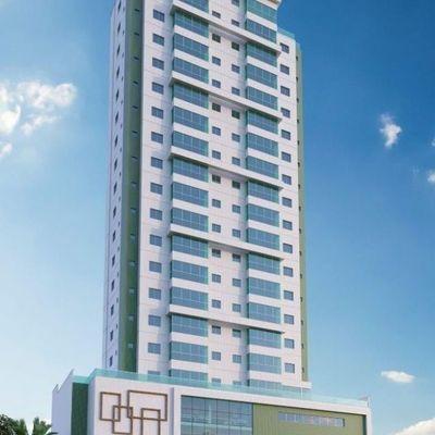 Apartamento à venda em Balneário Camboriú com 3 Suítes e 3 Vagas de Garagem Completa área de lazer