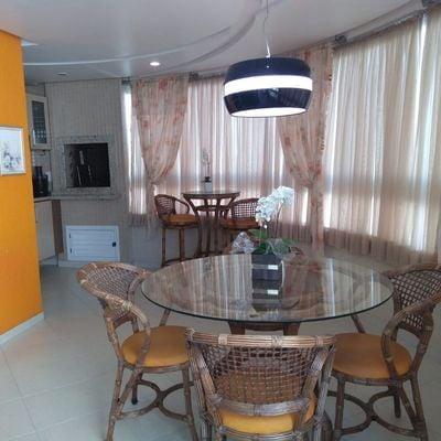 Apartamento Mobiliado em Balneário Camboriú com 03 Suítes e 02 Vagas Privativas Próximo à Igreja Santa Inês