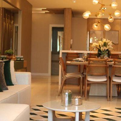 Apartamento à venda na Praia Brava em Itajaí novo totalmente mobiliado decorado e equipado com linda vista para o mar
