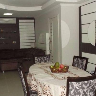 Apartamento Diferenciado Mobiliado em Balneário Camboriú com 02 Suítes e Piscina Privativa totalmente mobiliado