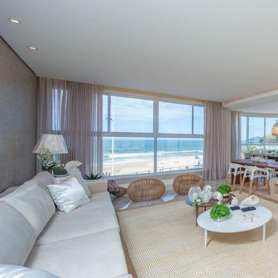 Apartamento na Praia Brava Frente para o Mar Mobiliado com 4 Suítes Dependência de Empregada e 3 Vagas de Garagem