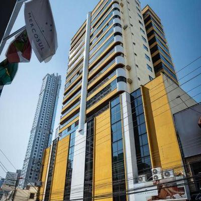 Apartamento DIFERENCIADO - 02 suítes + terraço com churrasqueira