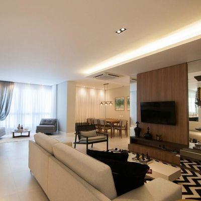 Apartamento à venda em Balneário Camboriú com 3 ou 4 Suítes Barra Sul