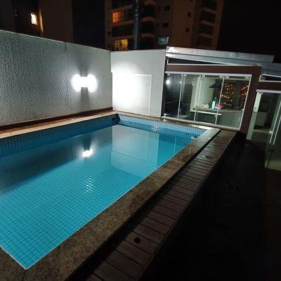 Apartamento duplex mobiliado com piscina privativa + 4 dormitórios (sendo 1 suíte) na quadra mar de Balneário Camboriu