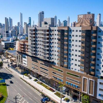 Apartamento novo próximo ao BC Shopping com 2 dormitórios (sendo 1 suíte) + 1 vaga de garagem privativa