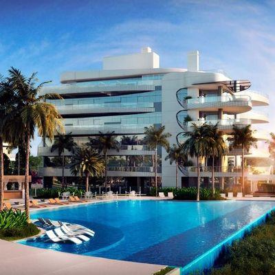 Apartamento à venda frente para o mar na Praia Brava com 5 suítes e 4 vagas de garagem