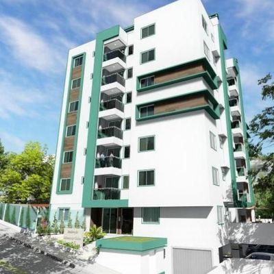 Apartamento novo e decorado com 2 dormitórios sendo 01 suíte + 01 vaga de garagem no bairro Tabuleiro em Camboriu