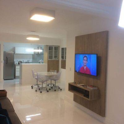 Apartamento à Venda Com 1 Suíte 2 Dormitórios Mobiliado e Decorado Próximo da Brasil 1 Vaga de garagem privativa  No Centro de Balneário Camboriú
