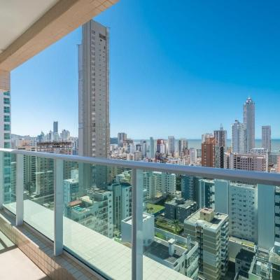 Cobertura Duplex no centro de Balneário Camboriu, com linda vista do mar e da cidade + piscina privativa