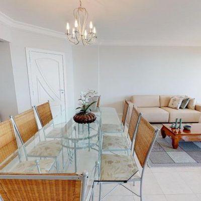 Apartamento mobiliado com 3 dormitórios (1 suíte + 2 demi) + sacada + 3 vagas de garagem privativas