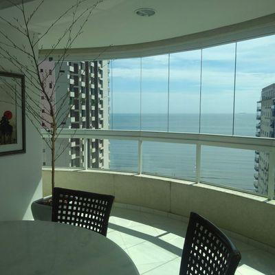 Apartamento Quadra Mar Com Vista 3 Suítes Mobiliado 2 Vagas de Garagem Centro de Balneário Camboriú