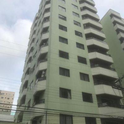 Ultimo Andar - 03 dormitórios com vista mar no centro de Balneário Camboriú