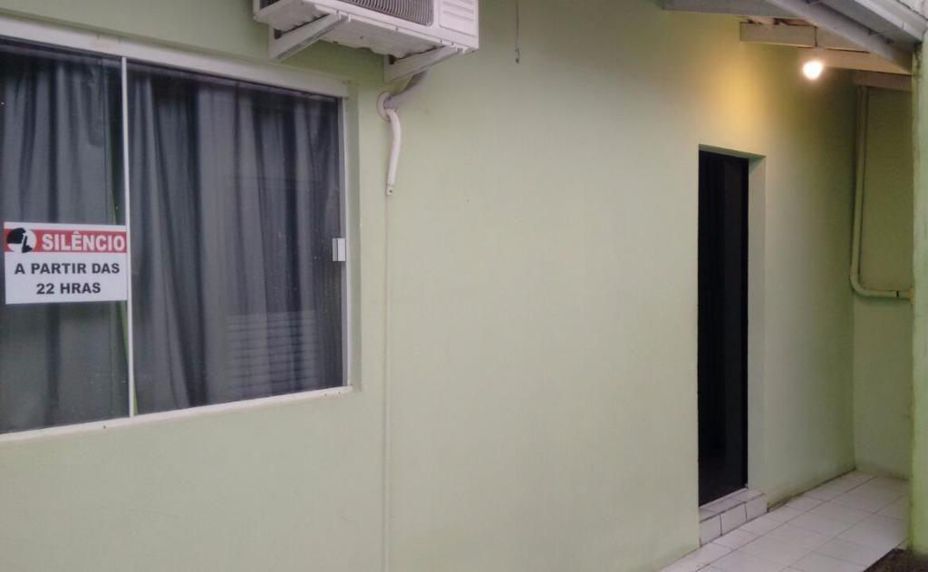 Kitnet residencial à venda, Centro, Barra Velha.