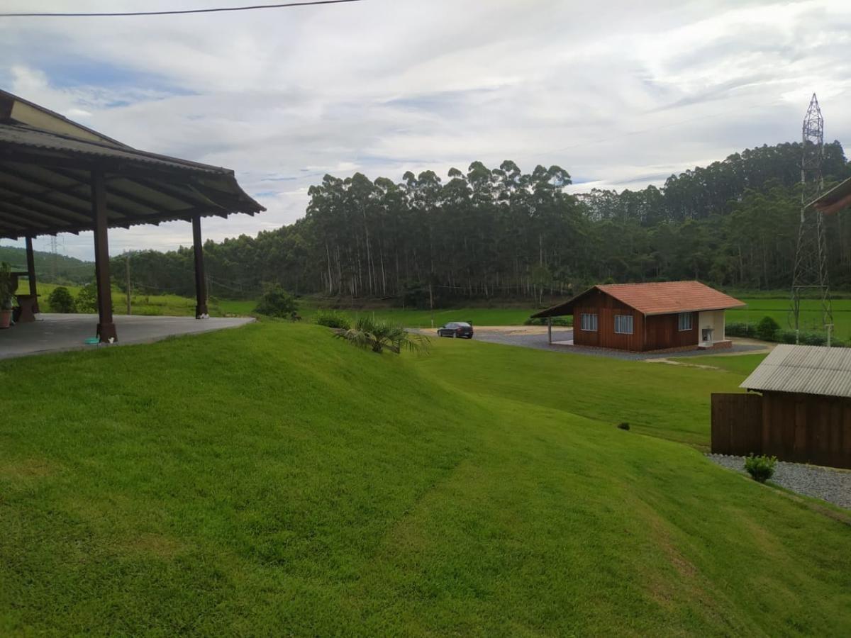 Chácara à venda, 6.000 m² com duas casas - Próximo a BR 415 - Barra Velha SC