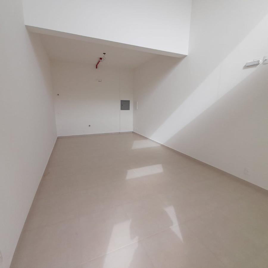 Sala comercial Vila Açoriano Comfort Club
