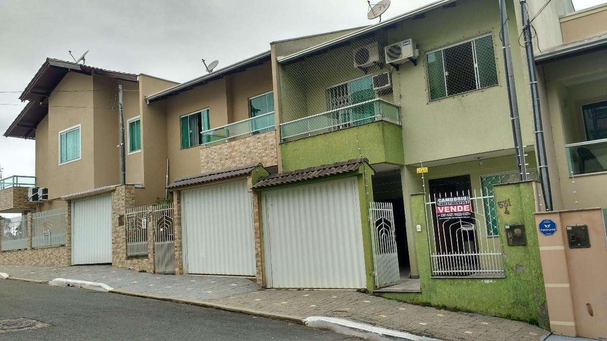 Sobrado Aceita Troca/Permuta por Apartamento em Balneário Camboriú