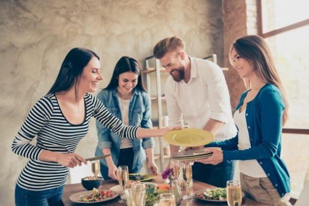 Guia para organizar um jantar na casa nova
