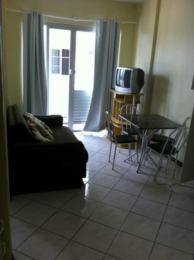 Apartamento para Locação Anual 01 dormitório Vila Real Semi Mobiliado