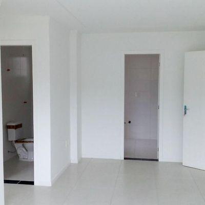 Apartamento Novo, 2 Dormitórios, Com Suíte, em Camboriú