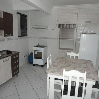 Excelente apartamento mobiliado em Balneário Camboriú
