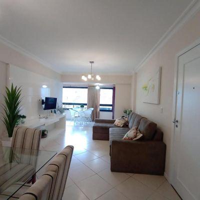Apartamento com 2 quartos sendo suite no Centro de Balneário de Camboriú