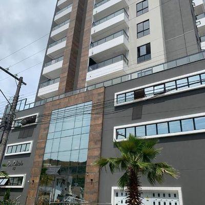Excelente apartamento para locação na Vila Operária em Itajaí