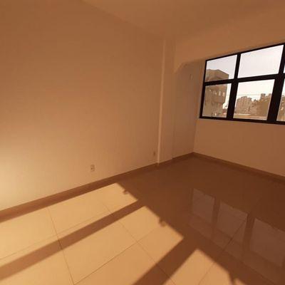 Excelente apartamento no centro
