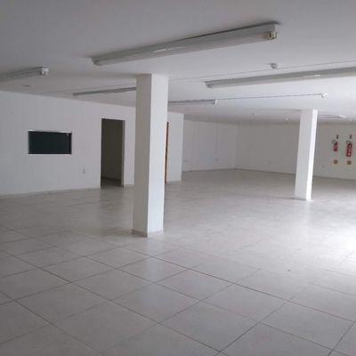 Sala Comercial no bairro Nações em Balneário Camboriú