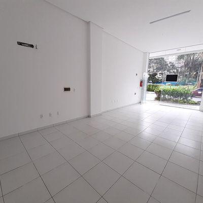 Excelente Sala Comercial para Locação próximo ao Centro de Balneário Camboriú