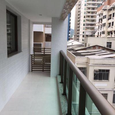 Excelente 2 quartos, suítes, varanda e lazer completo em Icaraí