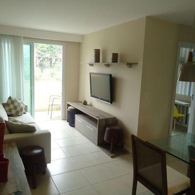 Lindo apartamento de 2 quartos, montado e decorado em Pendotiba