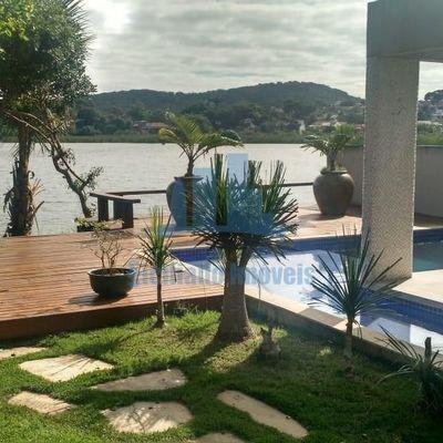 Casa com 5 Quartos sendo 3 suítes na Lagoa de Geribá em Búzios