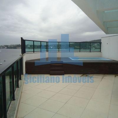 Cobertura 4 suites , vista mar em Charitas