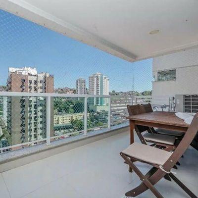 Excelente apartamento com varanda gourmet e lazer completo