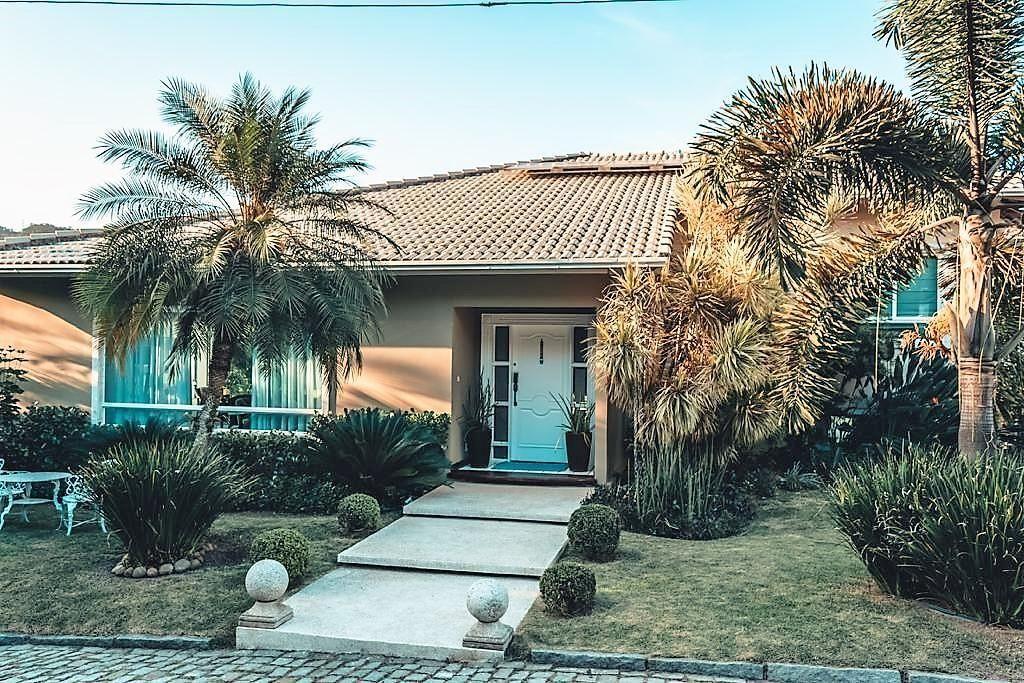 Casa espetacular com 4 suítes e uma maravilhosa área de lazer