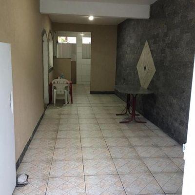Casa com 2 quartos, suíte, próximo ao BRT da Boiuna