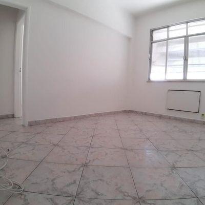 Apartamento 2 quartos no miolo de Icaraí