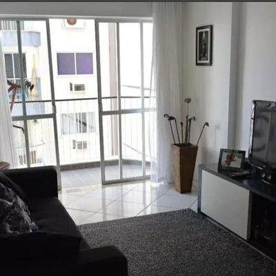 Ótimo apartamento no Ingá