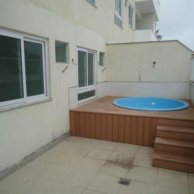 Apartamento Térreo de 2 quartos com quintal e Piscina em Pendotiba