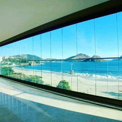 Maravilhoso apartamento em frente a praia em Icaraí