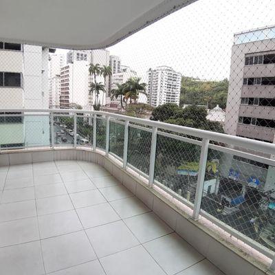 Excelente apartamento no melhor ponto de Icaraí